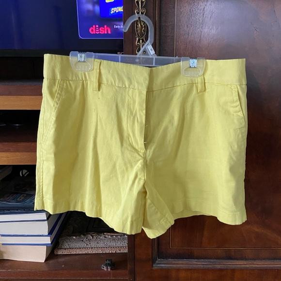 Cambridge Shorts size 6